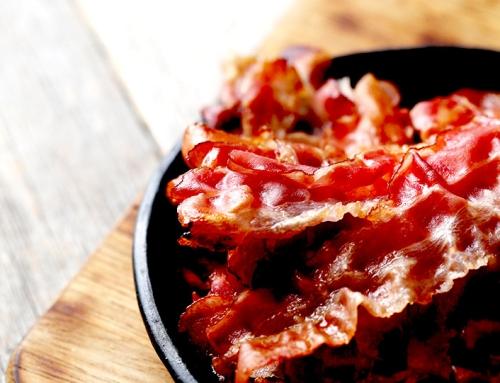 Bacon caramelizado à Coca-Cola